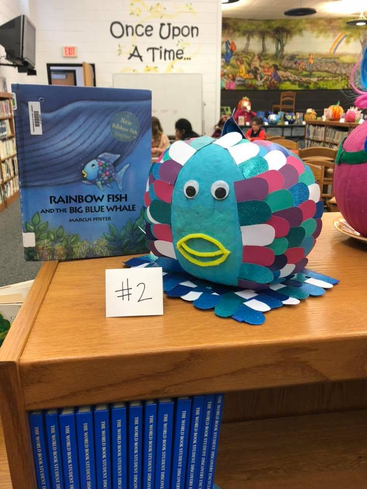 Tompkinsville Elementary Students Decorate Pumpkins Based On